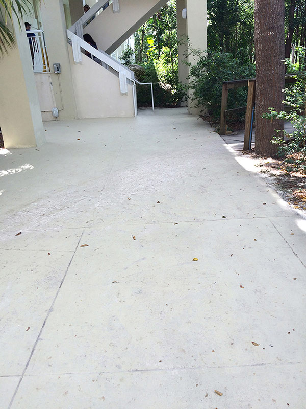 Weatherproof Tough Outdoor Concrete Flooring Decking